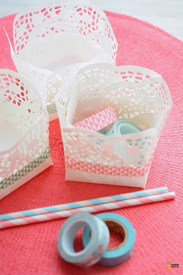 Centrini di carta e washi tape per un cestino dai da te, washi tape, paper doily