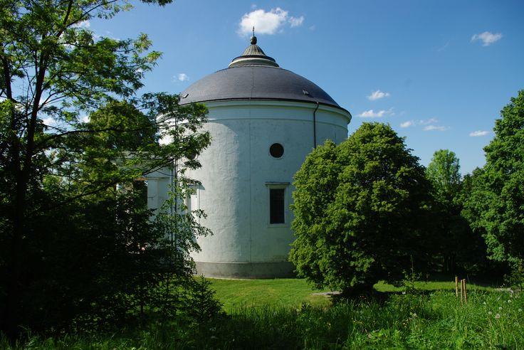 Neoclassical round church, Szilvásvárad. Jozsef Hild - Architect