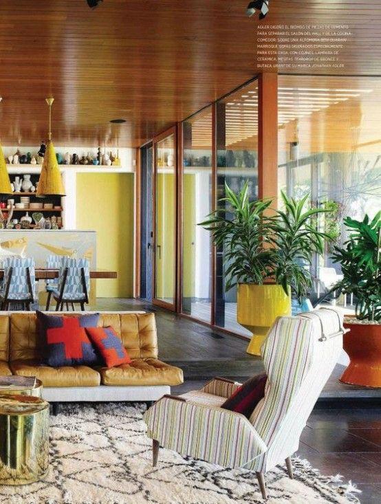 El encantador y elegante diseño de los años 50 y 60 ha resucitado. Estos 19 magníficos livings de estilo retro te lo dejarán bien ...