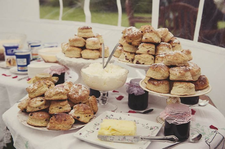 Scone buffet ~ garden party, picnic, or wedding. Love.