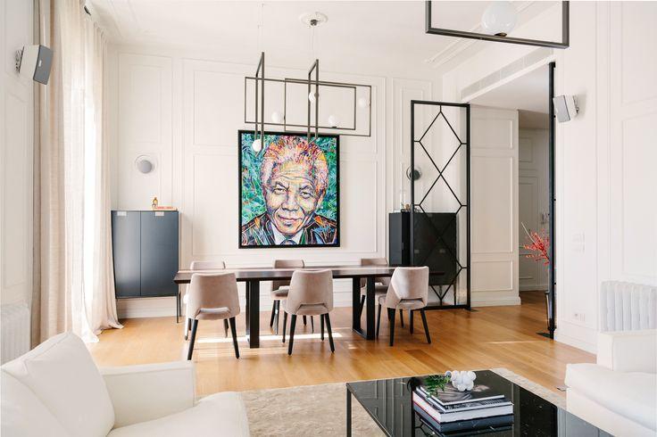 Located in a nice residential area in Milan, the apartment is part of an elegant and well designed 1920's complex.  #nomadearchitettura #design #interiors #interiordesign #italiandesign #italianstyle #luxury #milaninteriors #decor #marbles #glasslights #pendantlight #lightgrey #luxurylife #livingroom #Sofas #Flexform #Armchiars #Febo #Maxalto #coffeetable #Lithos by Maxalto  #PentaLighting #Cassina #TheRugCompanyStarSilk #ChandelierMondrian #Venicem #SimoneFuriosi