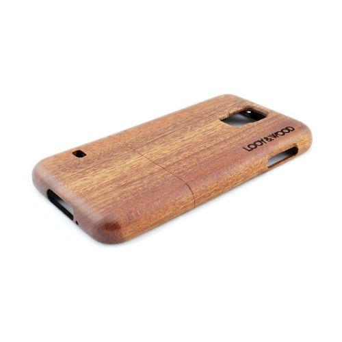 Op zoek naar een luxe en natuurlijke look voor jouw Samsung Galaxy S5? Dan is ons houten telefoonhoesje Kootenay wellicht jouw ding. Het gebruik van Sapele hout geeft dit hoesje enerzijds een luxe maar anderzijds ook een natuurlijke look. De perfecte pasvorm van dit hoesje zorgt ervoor dat jouw Galaxy S5 op de juiste manier beschermd wordt.  http://www.looyenwood.nl/product/houten-telefoonhoesje-kootenay/
