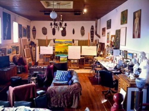 Jeff Makin's arty abode