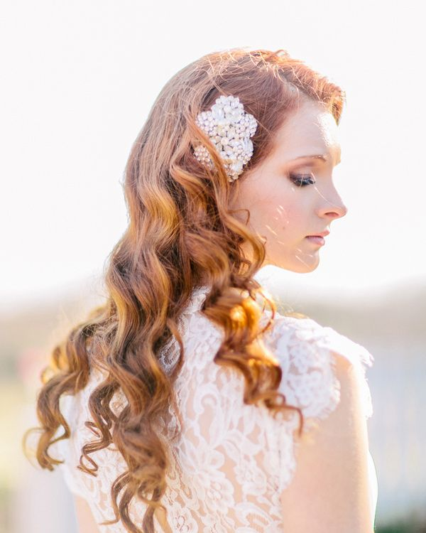 Curled hair with hairpiece