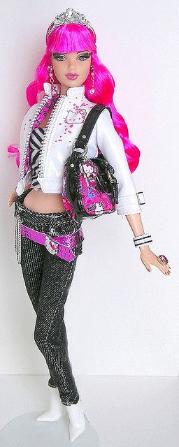 Tarina Tarantino by more*dolls*dolls*dolls, via Flickr