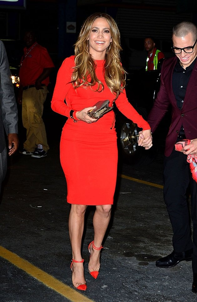 Khloe Kardashian: Dress – Balmain Shoes – Christian ...