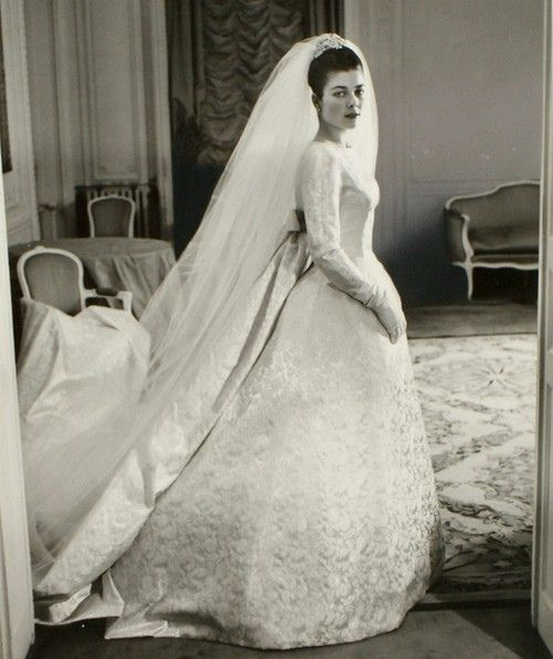 Princess Hélène of Orléans, Countess of Limburg-Stirum      Newer Older January 21, 1957: Wedding of Count Evrard of Limburg Stirum and Princess Hélène of Orléans in Dreux