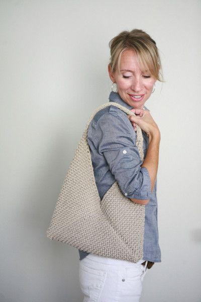 Amazing! Such a simple pattern, with a really elegant result! Tolt Folded Bag with Veronika – Tolt Yarn and Wool