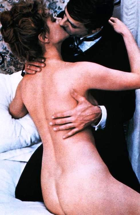 GIANCARLO GIANNINI & LAURA ANTONELLI em L Innocente - Luchino VISCONTI (1976)