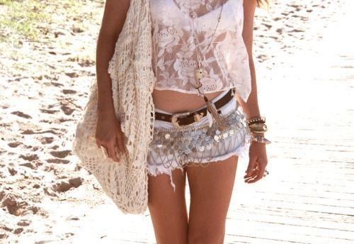 háčkovaná kabelka krajkovaná, kraťasy, krajkové tílka, perfect body, móda, inspirace
