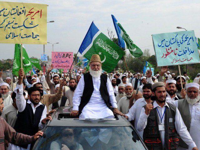 Jamaat-e-Islami Pakistan gelar aksi solidaritas terhadap Muslim Suriah dan Myanmar  KARACHI (Arrahmah.com) - Pemimpin Jamaat-e-Islami (JeI) Karachi Hafiz Naeem-ur-Rehman telah mendesak warga Karachi untuk bergabung dalam aksi damai untuk mengekspresikan solidaritas terhadap saudara Muslim di Suriah dan Myanmar seperti dilansir Aninews pada Ahad (1/1/2017).  JeI telah menyelesaikan persiapan aksi 'Umat Rasulullah (saw)' yang berlangsung hari ini tambah Daily Times. Aksi ini dilakukan untuk…