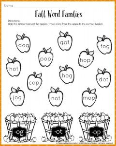 FREE Fall Word Families Worksheet for Kindergarten or 1st Grade.