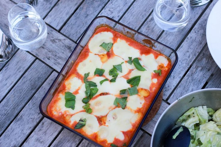 Auflauf: Gnocci in Tomatensacue überbacken mit Mozzarella
