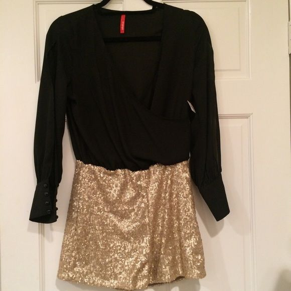 Apricot lane romper Black coffin top with gold sparkle bottom Other
