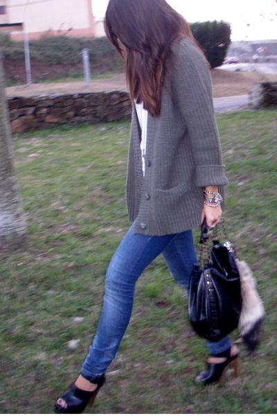 Green-zara-cardigan-blue-zara-jeans-black-zara-shoes-white-zara-t-shirt_400