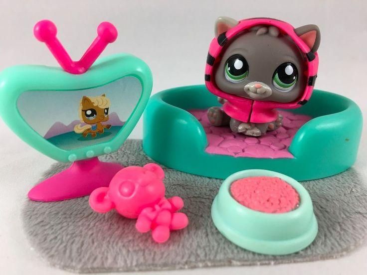 Littlest Pet Shop RARE Dark Gray Kitten #1607 w/RARE Hoodie, Bed & Accessories #Hasbro