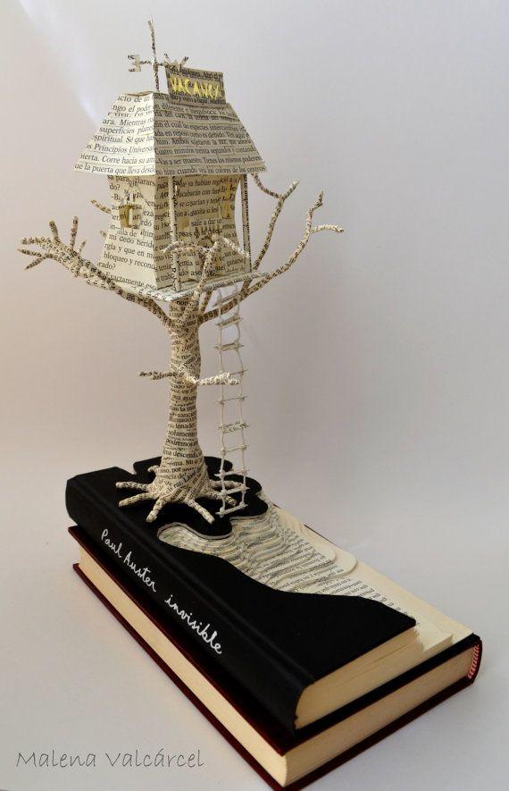 Haunted Hotel Buchkunst Buch-Skulptur von MalenaValcarcel