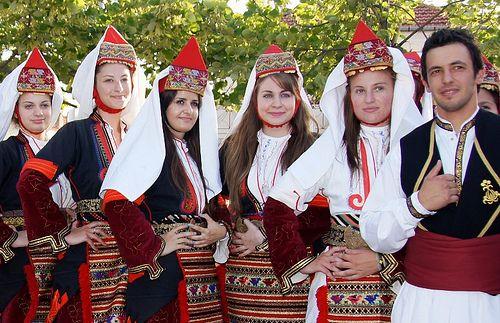 Macedonia, macedonian girls in traditional costumes of Greece - Florina, Macedonia Greece