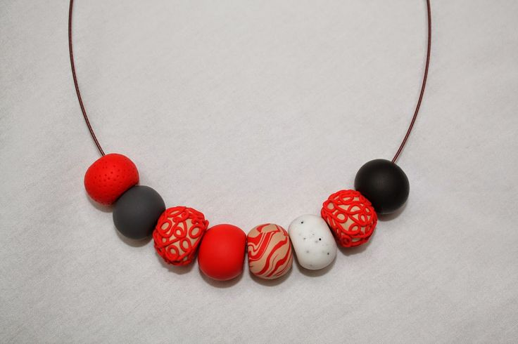GATO Handmade: Unique polymer clay beads necklace