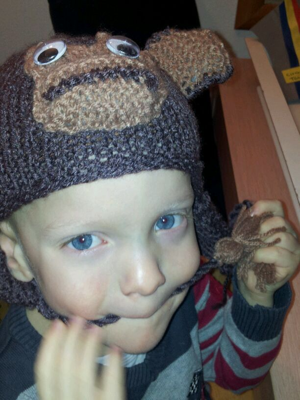 Little boys hat monkey - knitted