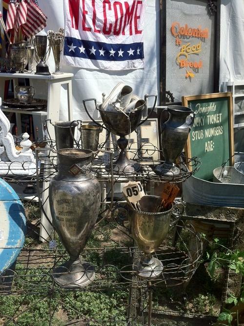 flea market booths