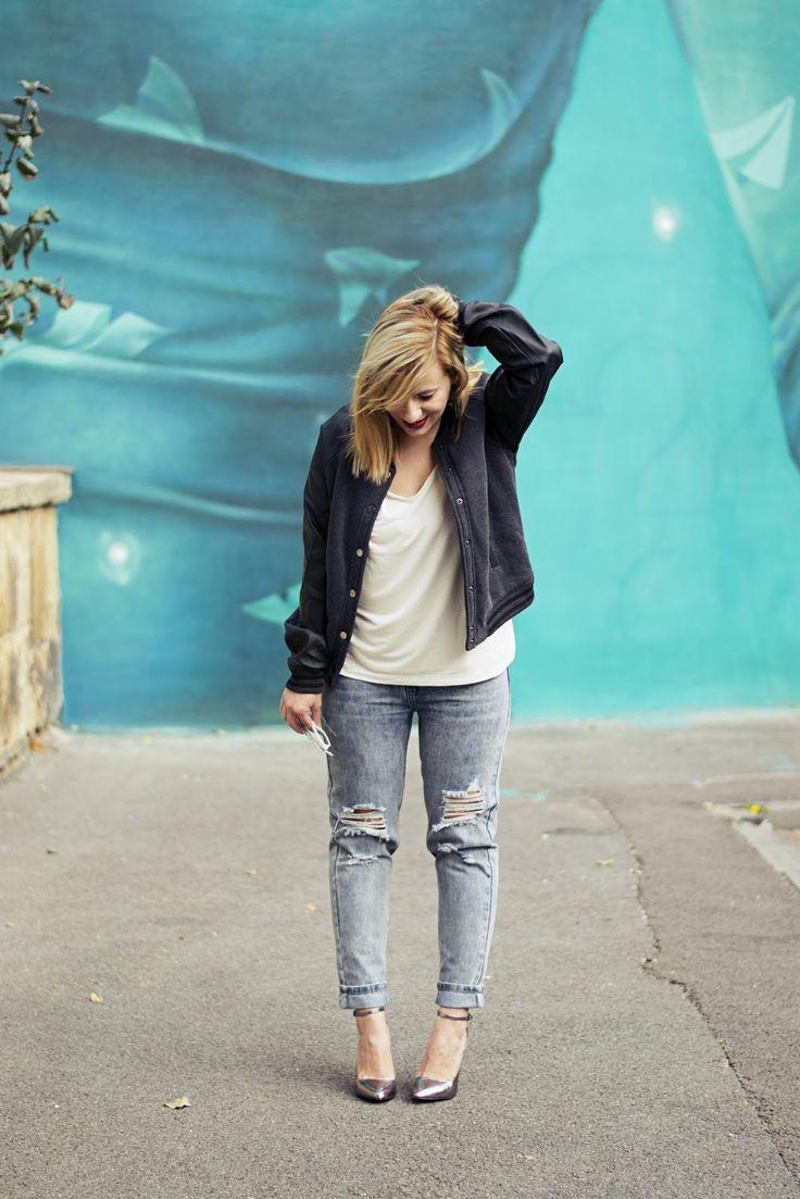 The cheerleader jacket and the coolest graffiti / LA BOHÈME