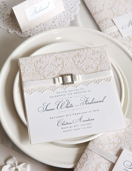 Diy Wedding Invitation I Love The Ribbon Bow Through Buckle Idea