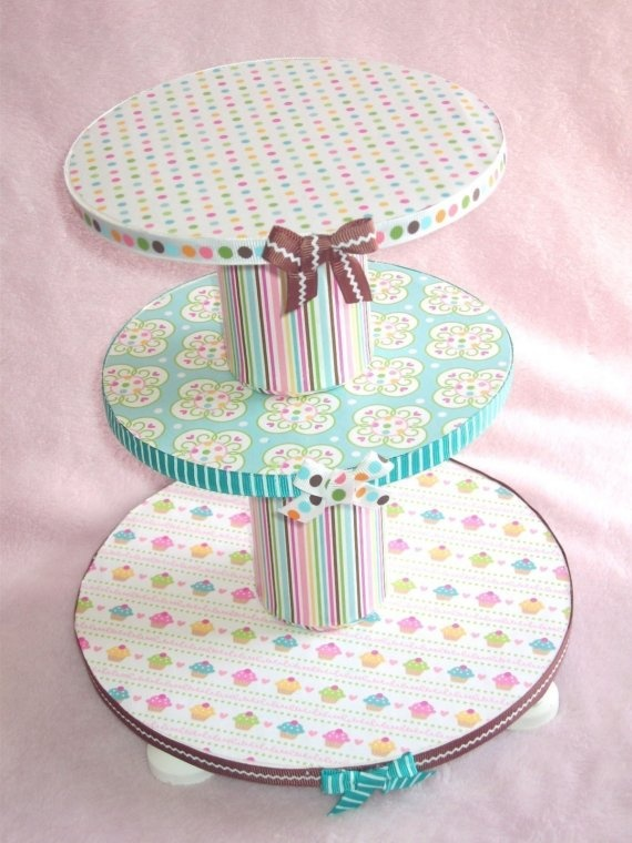 how to make a cake stand out of cardboard