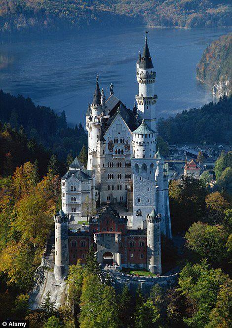 Le chateau de Neuschwanstein en Allemagne a inspiré celui de la Belle au bois dormant
