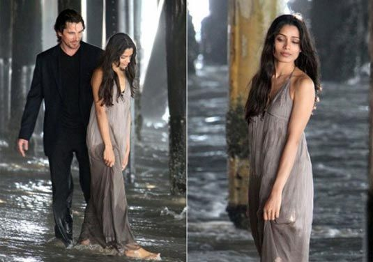 Judging by the on-the-set photos, Slumdog Millionaire's Freida Pinto has joined the A-listers cast of Terrence Malick's Knight of Cups. Check them out!
