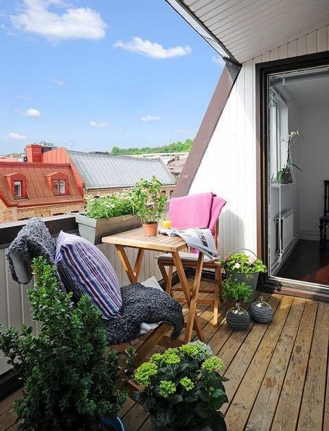 Beautiful balcony | decoration | plants | small table