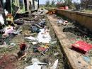 En Syrie, l'évacuation de plusieurs milliers d'habitants de Foua et Kafraya devrait continuer  malgré l'attentat suicide de samedi 15 avril qui a fait au moins 126 morts, dont plus de la moitié étaient des enfants.  …LIRE LA SUITE