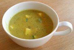 Dit is een snelle, makkelijke en lekkere soep met courgette en venkel, gekruid met kerrie. Het recept scheurde ik uit een verder niet zo interessant gratis kookboekje waarvan ik de naam niet meer …