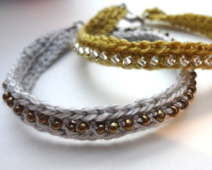 Something with Directions  - Crochet Seed Bead Bracelet  love it!  you can make one for every outfit.