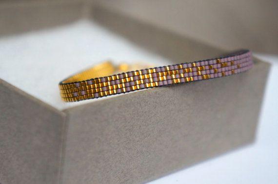 Handgemachte Weberei Armband lila mit 24 Karat Gold plattiert Miyuki Perlen-Gold vergoldet Spange