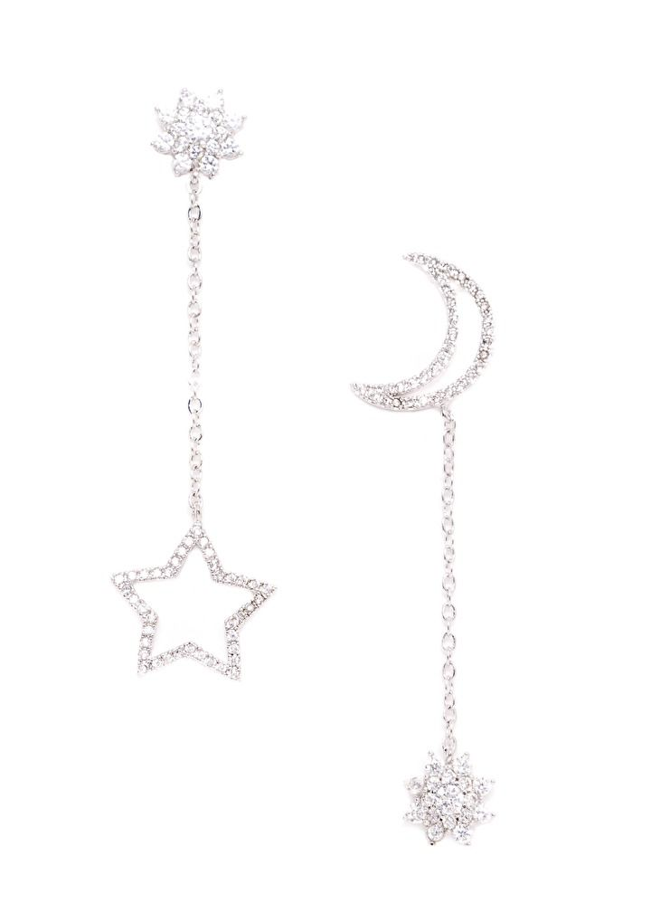 Star and Moon Asymmetrical Earrings 24,90€ #happinessbtq