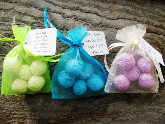 100 Seed Bomb Favors WITH personalized tag by PlantablesAndPaper, $200.00