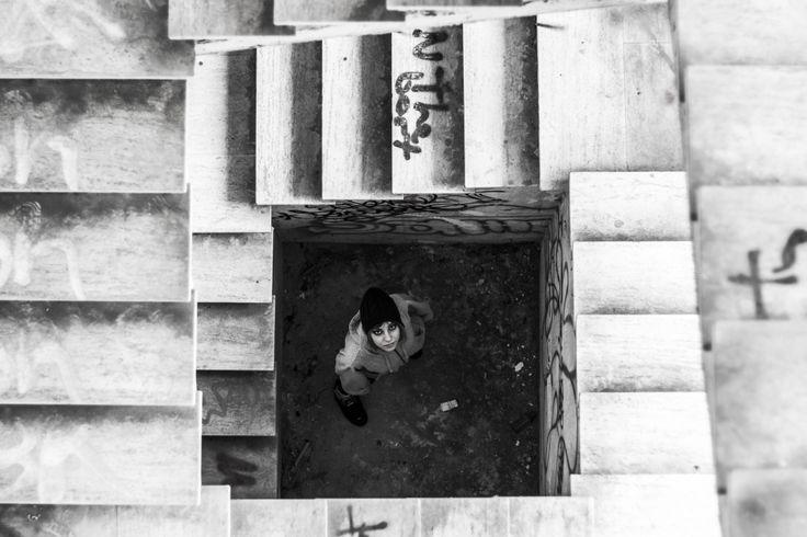 Gilda Napolitano   Trapped #Architettura #biancoenero #Persone #fotografia