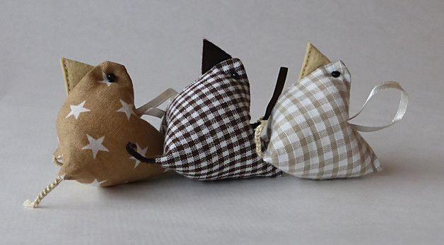 Osterdeko - Osterdeko Mini-Hühner-Trio beige/braun - ein Designerstück von MaKruemeltuette bei DaWanda