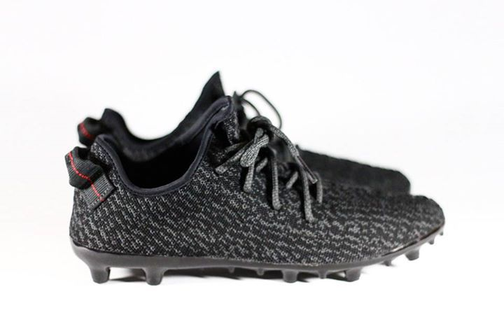 The YEEZY 350 Black gets transformed into a football boot! Would you rock these match day?  http://ift.tt/1lrGSKF