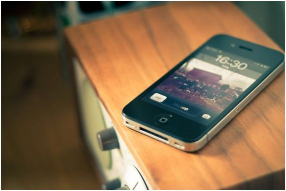 BEST WAYS OF SECURING YOUR IPHONE...@ http://bit.ly/FaceCrypt