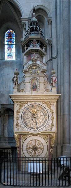 Лионский собор – #Франция #Рона___Альпы #Лион (#FR_V) Главный храм Лиона.  ↳ http://ru.esosedi.org/FR/V/1000235562/lionskiy_sobor/