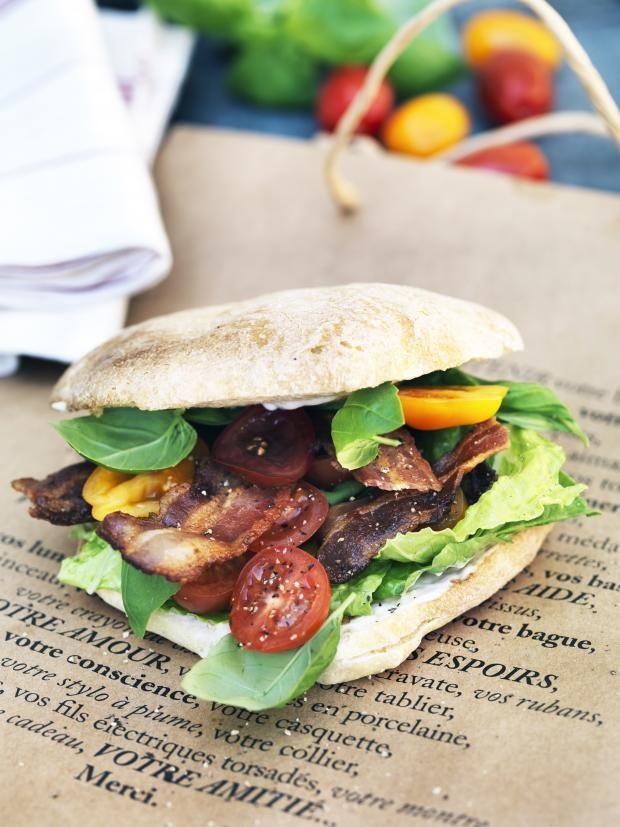 BLT-sandwich med hjemmelaget majones