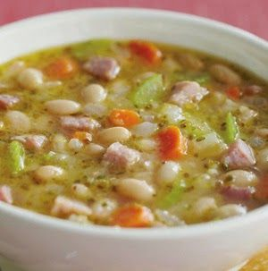 Easy Homesteading: Ham and White Bean Soup