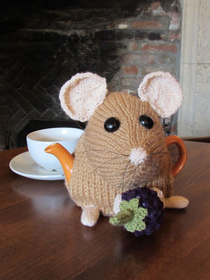 New to the pint sized range of tea cosies is the Dormouse Tea Cosy and Knitting Pattern http://www.teacosyfolk.co.uk/show.php?id=104
