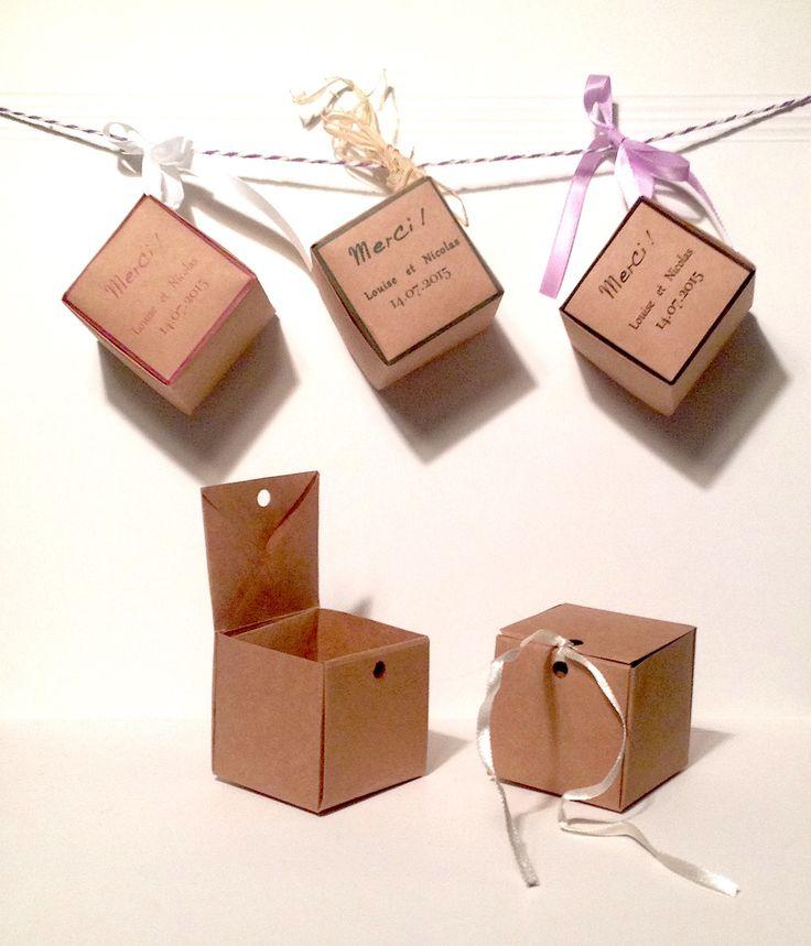 les 63 meilleures images du tableau packaging noel sur pinterest emballage papier cadeau et. Black Bedroom Furniture Sets. Home Design Ideas