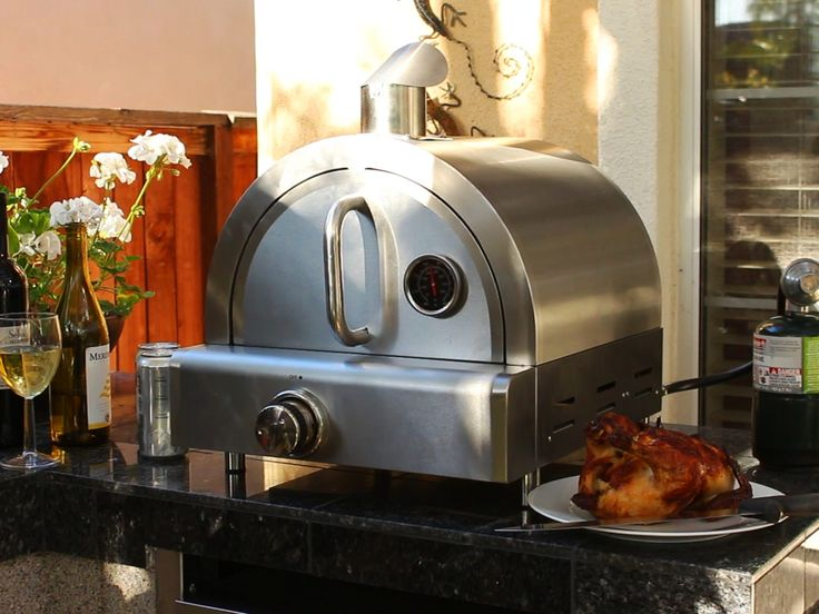 Portable Propane Pizza Oven great for roast, ribs and pizza. Lots of fun, great for Tailgating, Camping, Patios, RV and any Outdoor use