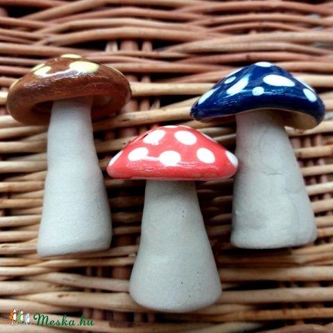 Kerámia gombák / Ceramic mushrooms Meseházikó karácsonyfadísz #ceramic #mushroom #christmas #decoration