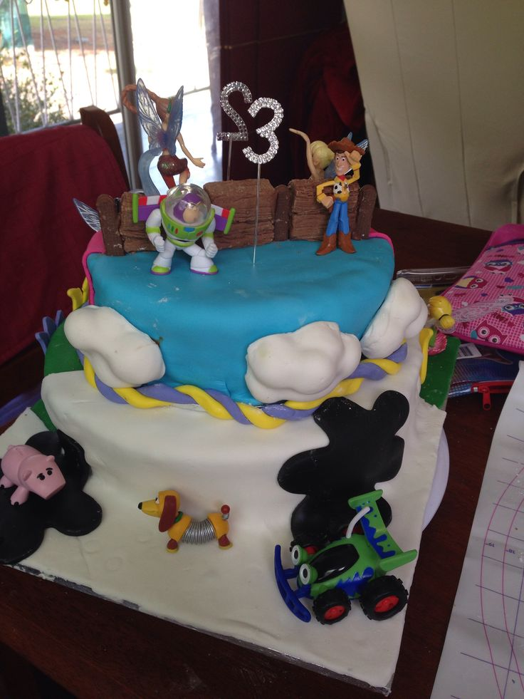 Toy story side of cake
