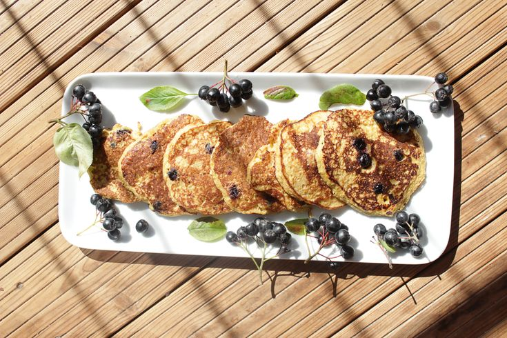 Healthy and light vegan pancakes made with fruits - Nasjonal Gastro